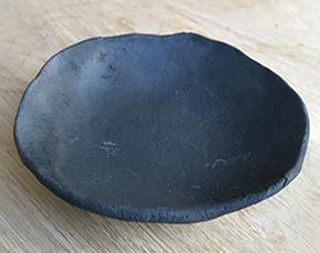 モスモス黒皿
